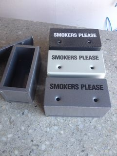 Ashtray - Smokers Please